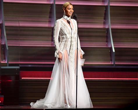 Beyonce Wore Wedding Dress To Grammys