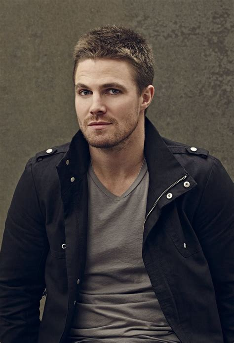 Arrow New Promo Pics Stephen Amell Oliver Queen
