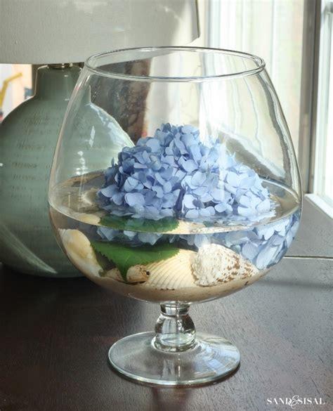 Kitchen Island Centerpiece Ideas - hydrangea arrangement ideas sand and sisal