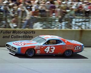 Richard Automobile : richard petty 43 stp dodge charger 1977 michigan 8x10 photo nascar winston cup richard petty ~ Gottalentnigeria.com Avis de Voitures
