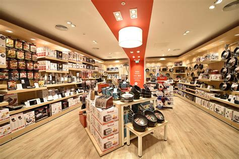 Shop Fitting Contractor - Global Displays