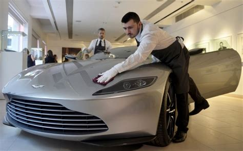 Aston Martin To Create 4,000 Uk Jobs With Second Factory