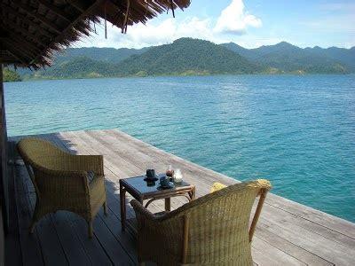 gambar pulau cubadak padang lokasi alamat hotel villa