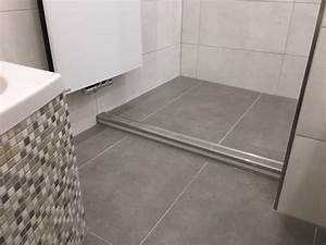 Bad Fliesen Verschönern : fliesen bad betonoptik vb73 hitoiro ~ Michelbontemps.com Haus und Dekorationen