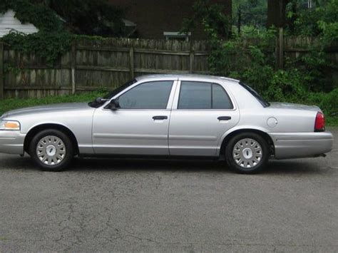 ford crown victoria police interceptor owners manual