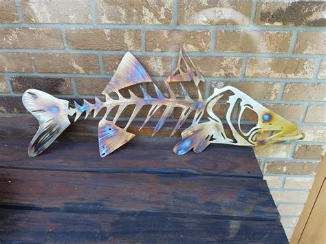 This netting is great for nautical themed parties, creative interior designs, outdoor patio & garden use, sea life & shell displays, restaurant decor, kid's rooms and wall hangings. Snook Metal Wall Art, Snook Skeleton Art, Metal Fish Wall Art, Metal Snook, Ocean Wall Art ...