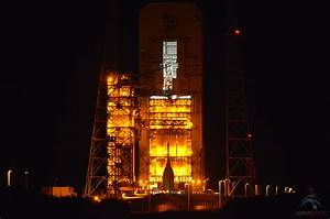 Orion on the Pad: NASA Rolls Out Space Capsule for 1st ...