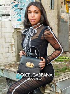 Dolce-and-Gabbana-fall-2017-ad-campaign-the-impression-12