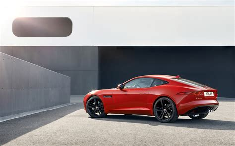 2018 Jaguar F Type R Coupe Salsa Red Static 1
