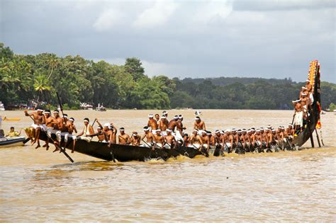 Snake Boat Race In Kerala by Complete List Of 70 Best Things To Do In Kerala With