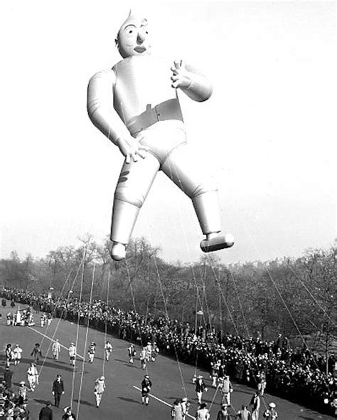 vintage balloons   macys thanksgiving