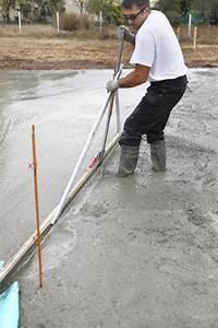 Sauberkeitsschicht Unter Bodenplatte : bodenplatte betonieren so wird eine bodenplatte betoniert ~ Frokenaadalensverden.com Haus und Dekorationen