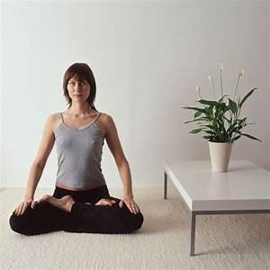 Yoga At Home : how to create a calming yoga room at home popsugar fitness ~ Orissabook.com Haus und Dekorationen