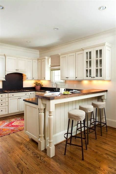Revival Construction   kitchens   recessed lighting, pot
