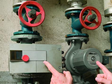 Umwaelzpumpe Stromfresser Austauschen by Alte Umw 228 Lzpumpen Treiben Die Stromkosten In Die H 246 He
