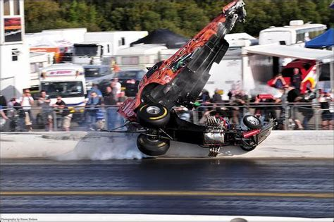 Drag Boat Racing Accidents by Dragster Crashes Crash Auto Monday Spectacular Drag