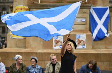 scottish independence rejected   quiet  army beat