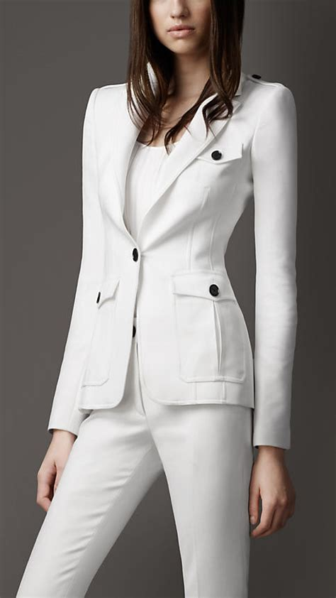 Love With Beauty Burberry Women Clothing Accessories