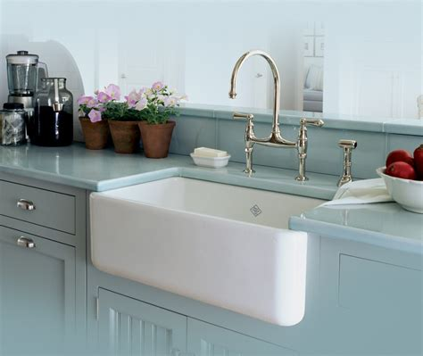 Splashy Apron Front Sink In Kitchen Contemporary With