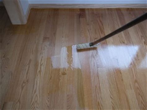 Applying Stain And Polyurethane To Hardwood Floors by Polyurethane Floor Finish Effortlessly Apply Like A Pro