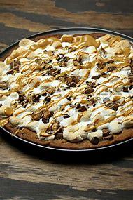 Peanut Butter Chocolate Dessert Pizza