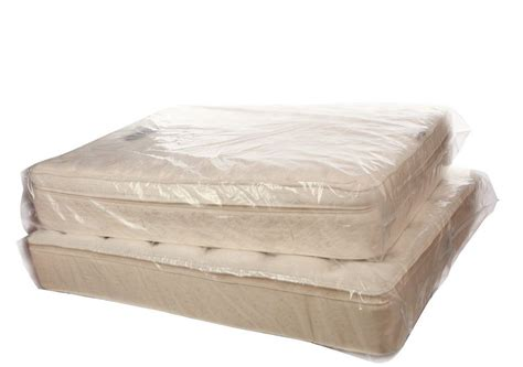 Queen Mattress Bag Kitchen Backsplashes Images Floor Covering Ideas Granite Colors For White Cabinets Flooring Stores In Kitchener Checkerboard Countertop Remodel Backsplash Photos