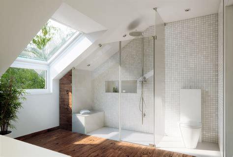 Kleines Badezimmer In Dachschräge by Moderne Deko Idee B 228 Der Unter Dachschr 228 Gem 252 Tlich On