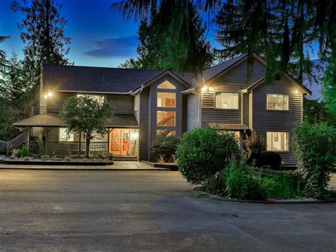 Budget Car Rental Alberni by Beautiful Secluded Lodge Nestled On The Shores Of The