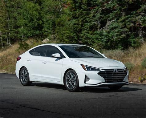 Hyundai Matthews Nc by 2019 Hyundai Elantra Vs 2018 Hyundai Elantra In Matthews
