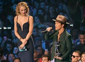 Here Is A Very Important Reminder Of How Short Bruno Mars ...