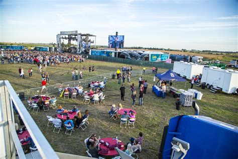 Ziel Farm Boone Ia Address by Luke Bryan Farm Tour Official Vip Packages Cid