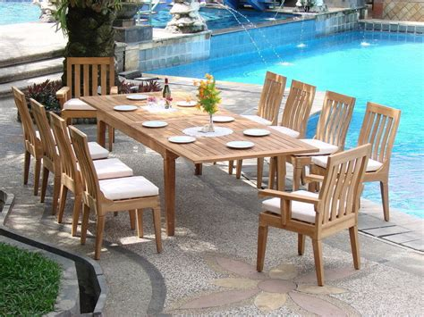 patio dining table considerations for buying a outdoor dining table