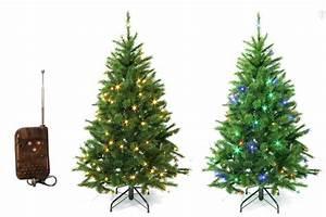 Künstlicher Weihnachtsbaum Wie Echt : die besten 25 k nstlicher weihnachtsbaum mit beleuchtung ideen auf pinterest k nstlicher ~ Frokenaadalensverden.com Haus und Dekorationen
