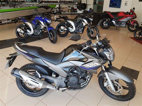 Motocicleta Yamaha FAZER 250 Modelo 2015 - Órion Motos