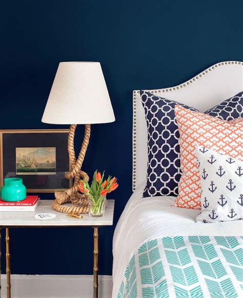 quelle couleur pour chambre adulte awesome peinture bleu marine chambre ideas bikeparty us