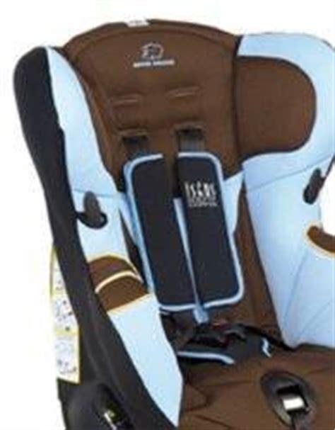 housse siège auto bébé confort iseos bébé confort siège auto iséos isofix optic chocolat