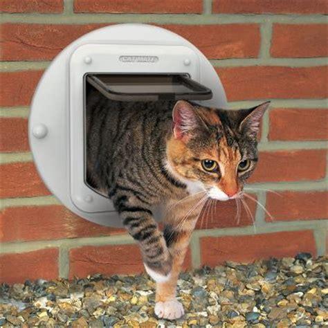 cat mate katzenklappe cat mate mikrochip katzenklappe elite mit zeitsteuerung g 252 nstig bei zooplus