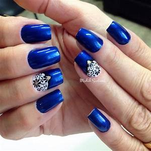Navy Blue And White Nail Art - Nail Art Ideas