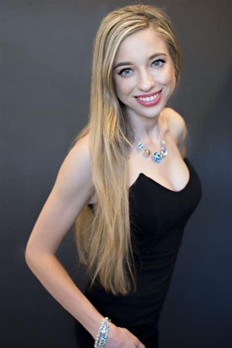 Natashaknapton, Model, West Hollywood, California, Us