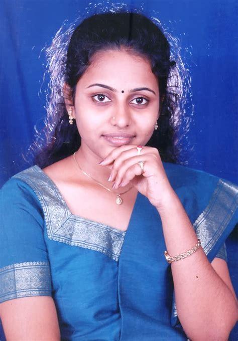 Andhamina Bhamalu Indian Womens Kk