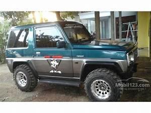Modifikasi Mobil Jeep Feroza