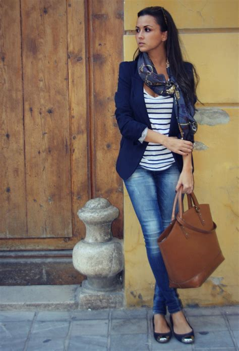 Business-Casual Attire with Jeans for Women