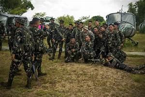 'Sports diplomacy' for PHL, Vietnam troops | Balita.com