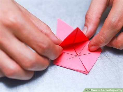 How To Fold An Origami Lily (with Pictures)