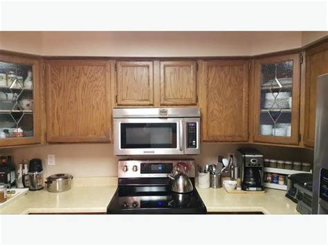 Kitchen Cabinets For Sale Guelph by Solid Oak Complete Kitchen Cabinets For Sale Saanich