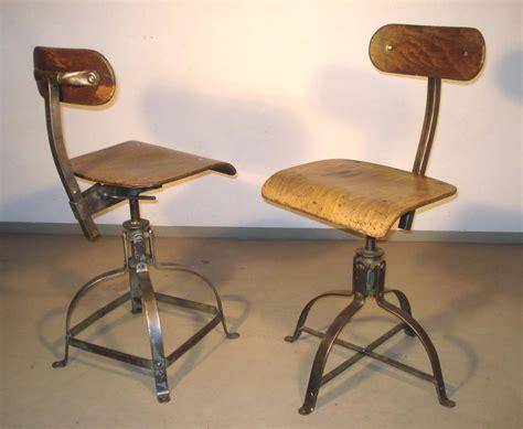 antiquit 233 s industrielles mobilier industriel et