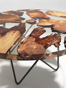 Table Resine Bois : sculptural resin table made from 50 000 year old kauri wood ~ Teatrodelosmanantiales.com Idées de Décoration