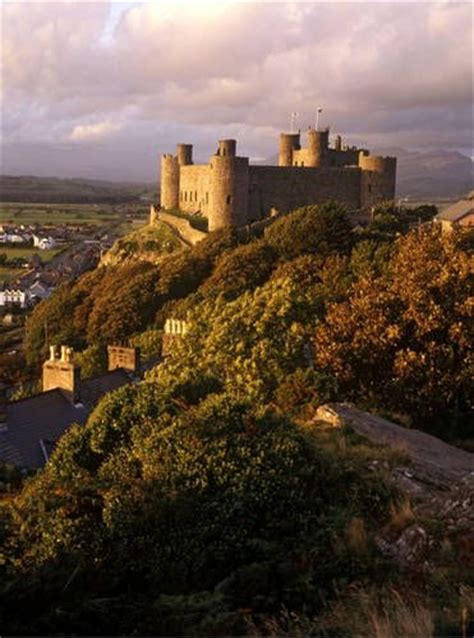 siege unesco 25 best ideas about wales on wales uk