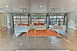 Garage Salon : convert your garage into an indoor outdoor living space ~ Gottalentnigeria.com Avis de Voitures