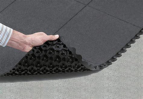 Garage Flooring   Rubber Garage Floor Tiles   Garage